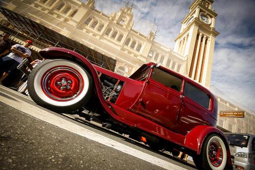 نمایشگاه ماهانه خودروهای کلاسیک در سائوپائولو برزیل