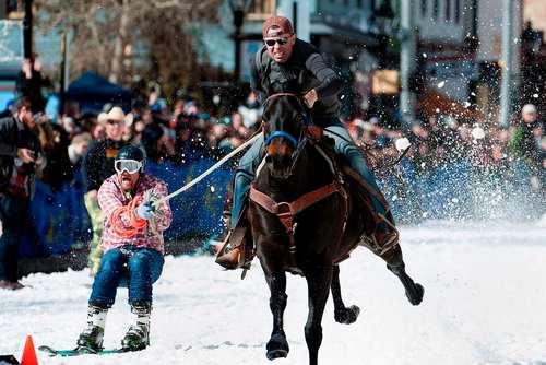 مسابقات اسکی سورتمهای در کلرادو آمریکا