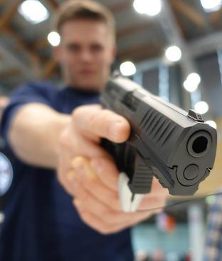 نمایشگاه اسلحههای شکاری و بادی در نورنبرگ آلمان