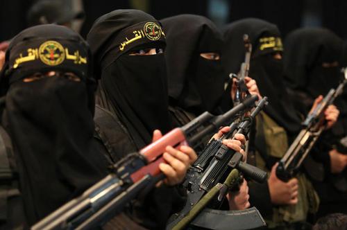 رژه نظامی زنان عضو جنبش جهاد اسلامی فلسطین در روز جهانی زن- باریکه غزه