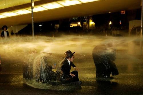 تظاهرات طلبههای یهودی علیه نظام سربازی اجباری در اسراییل
