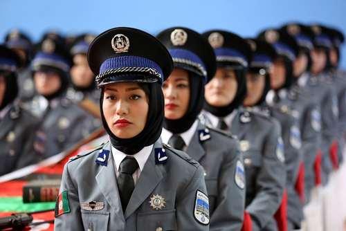 جشن فارغ التحصیلی زنان افغان آموزش دیده در آکادمی پلیس در شهر سیواس ترکیه/عکس: خبرگزاری آناتولی