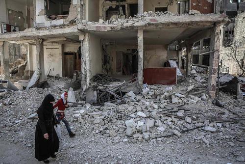 ویرانههای جنگ در شهر دوما در غوطه شرقی شهر دمشق سوریه