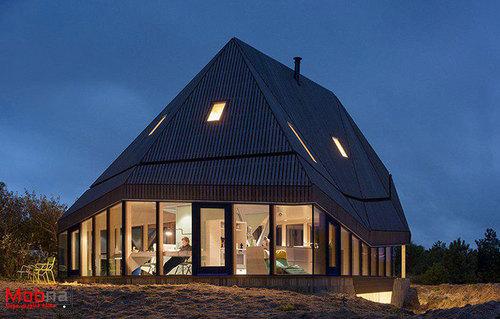 این خانه رقیب سرسخت باد است (+عکس)