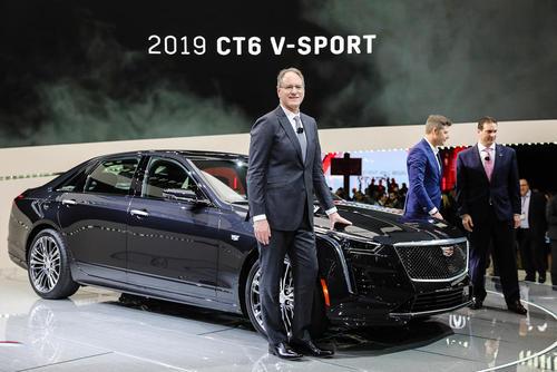 نمایش مدل جدید خودرو
