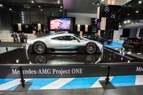 نمایشگاه سالانه خودرو در شهر