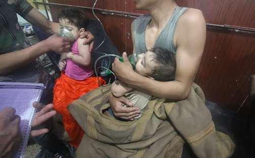 حمله شیمیایی اخیر با گاز کلر به شهر دوما سوریه /عکس:خبرگزاری آناتولی