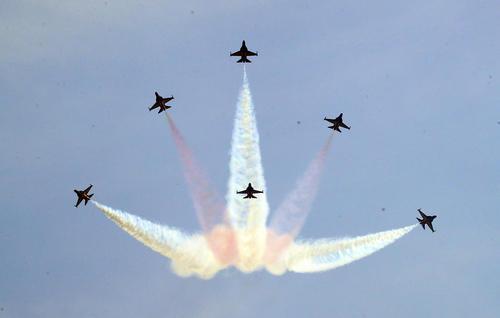 نمایش هوایی تیم آکروباتیک هوایی ارتش کره جنوبی- سئول