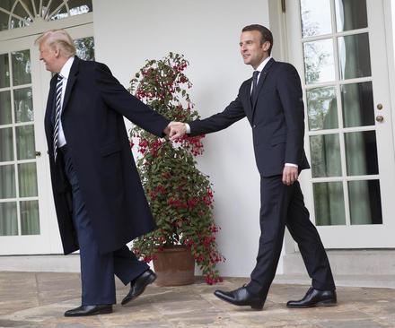 عکسی از حواشی دیدار دیروز رهبران آمریکا و فرانسه در کاخ سفید/عکس: کریس کلپونیس؛ CNP