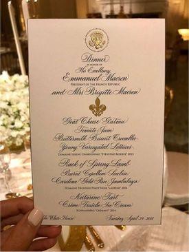 نوشته روی بشقاب ماکرون در ضیافت شام رسمی
