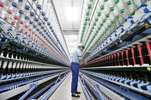 کارخانه نخ در نانتونگ چین