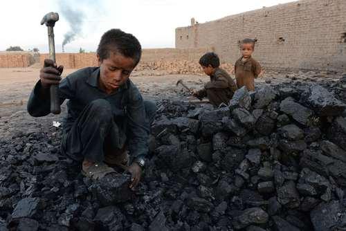 معدن ذغال سنگ در جلال آباد افغانستان/ خبرگزاری فرانسه