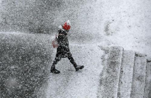 بارش شدید برف در شهر