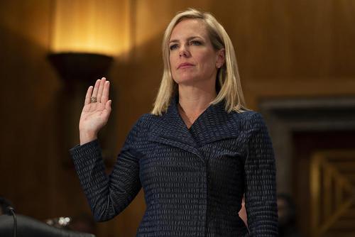 مراسم سوگند وزیر جدید امنیت داخلی آمریکا