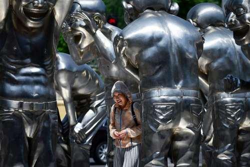 اثر یک هنرمند چینی در موزه هنر در شهر پکن