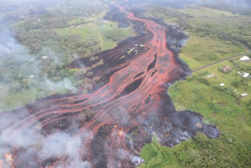 گدازههای آتشفشانی در هاوایی آمریکا