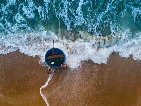 قایق ماهیگیری خاص ماهیگیران در سواحل ویتنام- عکس روز وب سایت
