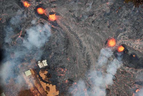 آتشفشان فعال در هاوایی آمریکا