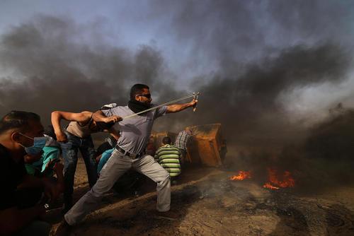 تظاهرات ضد اسراییلی در مرز باریکه غزه
