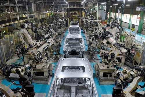 خط تولید شرکت خودروسازی مزدا در ژاپن