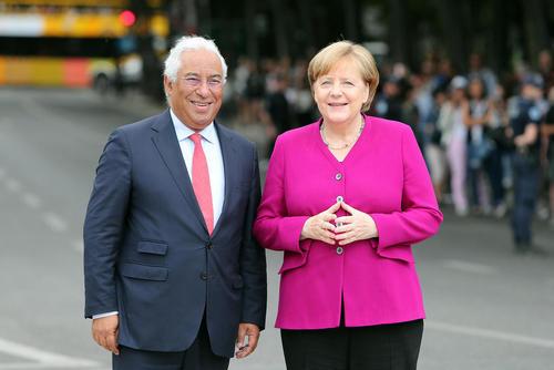 استقبال نخست وزیر پرتغال از آنگلا مرکل صدر اعظم آلمان/ لیسبون