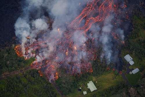 ادامه فعالیت آتشفشانی در هاوایی آمریکا