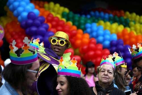 راهپیمایی سالانه در حمایت از حقوق دگرباشان جنسی در شهر سائوپائولو برزیل