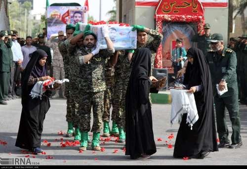 تشییع پیکر دومین شهید مدافع حرم در بندرعباس