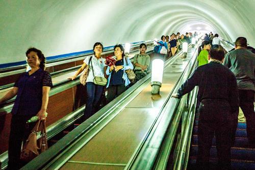 ایستگاه مترو شهر پیونگیانگ کره شمالی