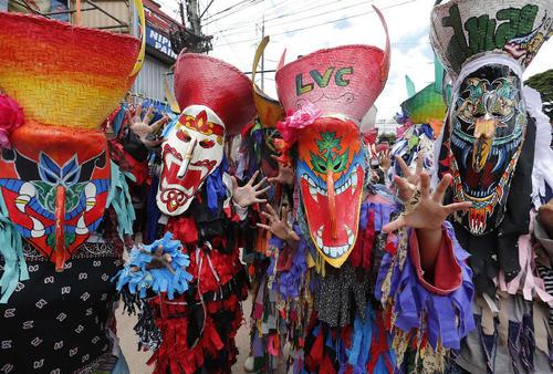 جشنواره سنتی ارواح در تایلند