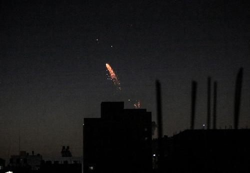 حمله شبانه جنگندههای اسراییلی به 25 نقطه در باریکه غزه