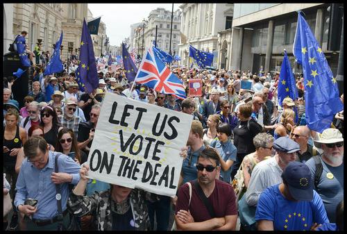تظاهرات دهها هزار نفری در لندن علیه