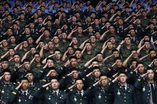 مراسم سالگرد آغاز جنگ رو کره در سئول