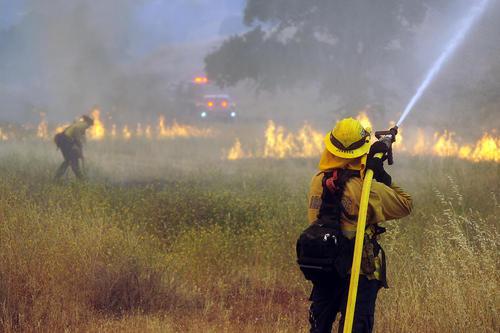 آتشسوزی جنگلها و مراتع ایالت کالیفرنیا آمریکا