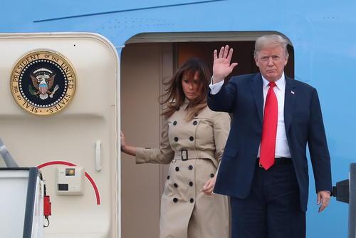 رسیدن هواپیمای حامل ترامپ و بانوی اول آمریکا به بلژیک برای نشست دو روزه سران ناتو در بروکسل