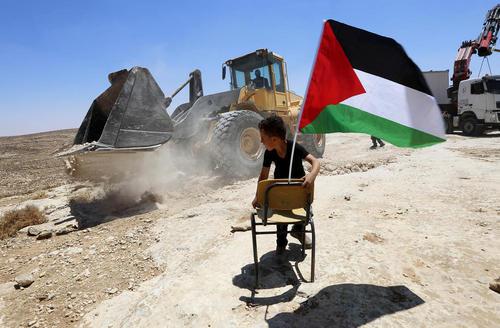 تخریب یک مدرسه از سوی اسراییل در شهر الخلیل در کرانه غربی رود اردن