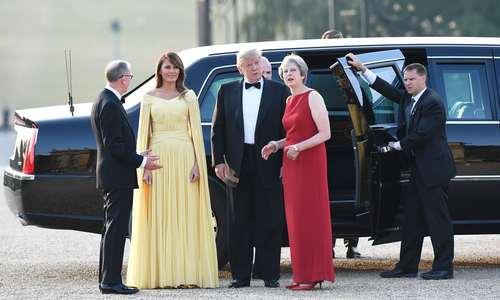 استقبال نخست وزیر بریتانیا از ترامپ در کاخ بلنهایم در شمال غرب لندن/EPA