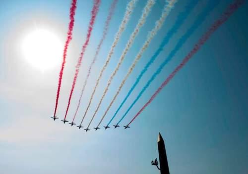 نمایش هوایی به مناسبت سالگرد انقلاب فرانسه در شهر پاریس / خبرگزاری فرانسه