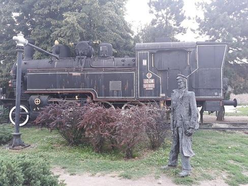 قطار قدیمی در ایستگاه راه آهن شهر نووی ساد - صربستان