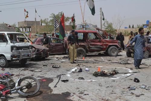 انفجار انتحاری در مقابل یک مرکز رای گیری در روز انتخابات سراسری در شهر کویته پاکستان