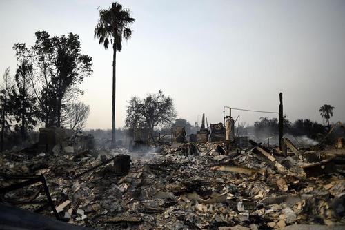 آتش سوزی جنگلی در کالیفرنیا آمریکا