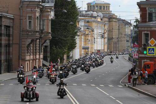 جشنواره موتورسواری در سنت پترز بورگ روسیه/ ایتارتاس