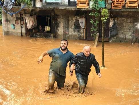 سیلاب در شهر