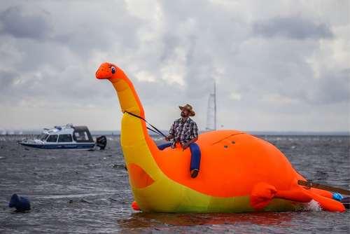 جشنواره قایق سواری در ساحل سنت پترز بورگ روسیه