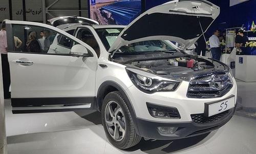 ایران خودرو و سایپا با چه خودروهایی به نمایشگاه خودروی مشهد آمدند+تصاویر