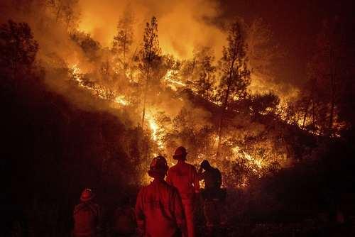 آتش سوزی جنگلهای ایالت کالیفرنیا آمریکا/ آسوشیتدپرس
