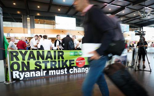 اعتصاب سراسری خلبانان و کادر پروازی شرکت هوایی