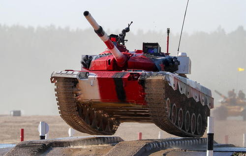 تانک چینی در رقابتهای ارتشهای جهان در روسیه