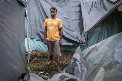 اردوگاه مهاجران افغان و پاکستانی در مرز بوسنی و کرواسی