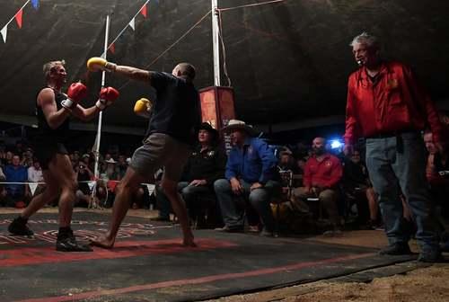 مسابقات بوکس آماتورها در کویینزلند استرالیا